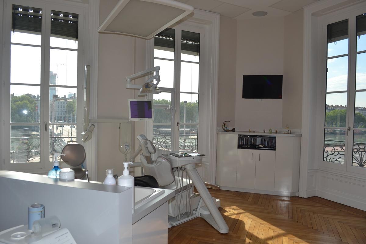 renovation cabinet dentaire. Black Bedroom Furniture Sets. Home Design Ideas